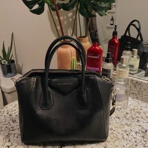 Small Givenchy Antigona Bag/Purse